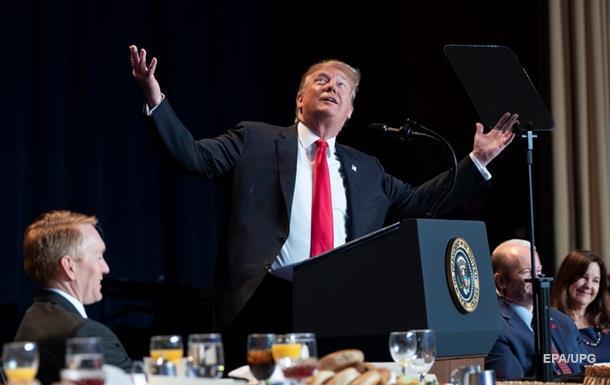 Добре працюю : Трамп задоволений своїм рейтингом