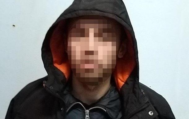 В Киеве задержали подозреваемого в ограблении школьников