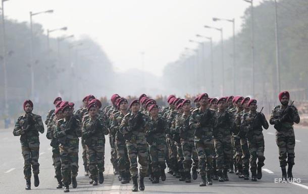 Індія купила у США стрілецьку зброю на $100 млн