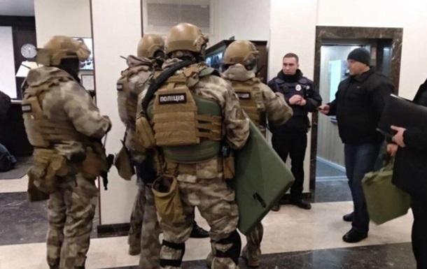 В Днепре спецназ со штурмом задерживал клиента отеля