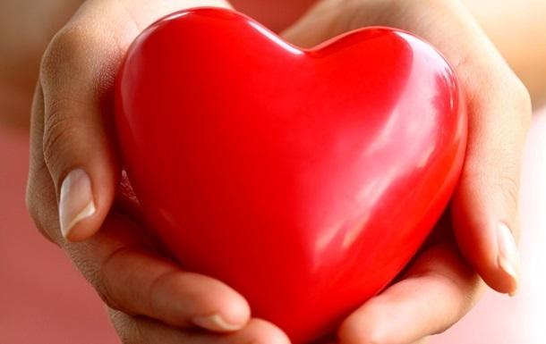 Названы подарки, на которые украинцы тратят больше всего в День Валентина