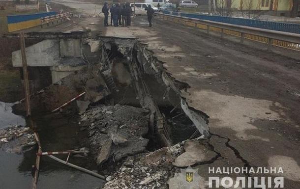 В Тернопольской области обвалился мост