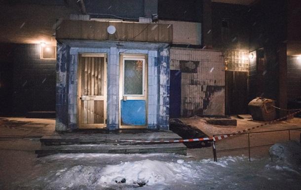 В Киеве мужчина выпал из окна девятого этажа
