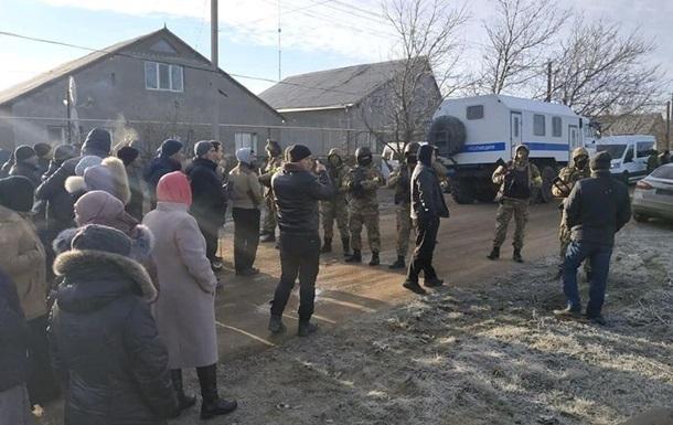 В Крыму новые обыски: задержаны три человека