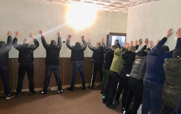 Спецоперация в Кривом Роге: за наркоторговлю задержали 18 человек