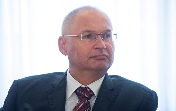 В Словении депутат лишился мандата после кражи сэндвича