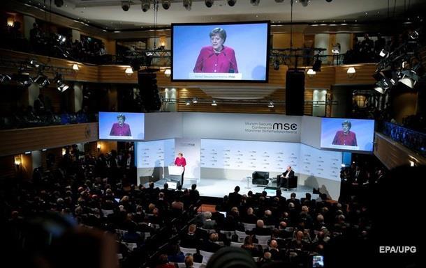 Меркель роз яснила газову політику Берліна