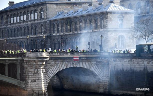 Протести в Парижі: більше 20 затриманих