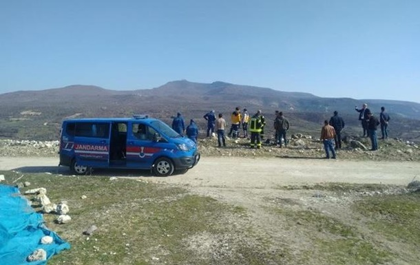 В Турции потерпел крушение самолет