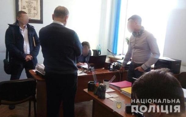 В мэрии Николаева связали обыски с выборами
