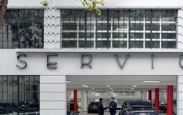 Nasdaq Group Ukraine набирает персонал для обслуживания авто Tesla в Украине