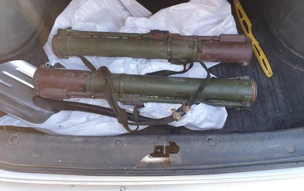 Бывший военный продавал гранатометы в зоне ООС
