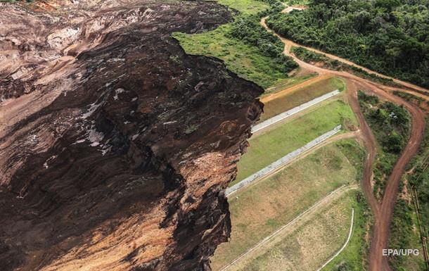 Кількість жертв прориву дамби в Бразилії зросла до 176 осіб