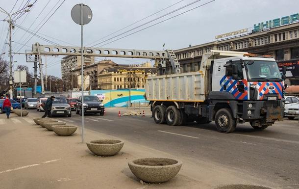 У центрі Дніпра вантажівка на смерть збила жінку