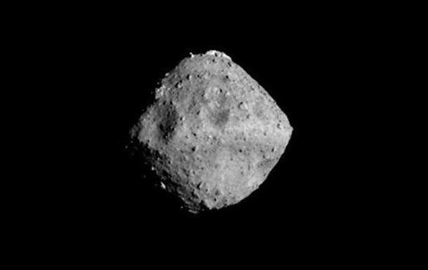 Японський зонд Хаябуса-2  обстріляв  астероїд Рюгу