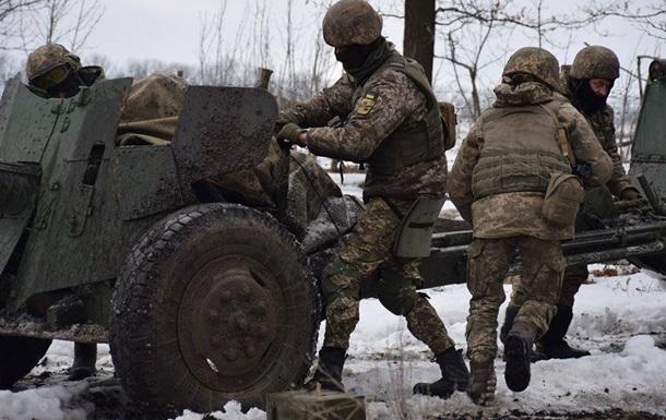 Обстрелы на Донбассе: погиб один военный