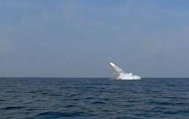 Иран провел первый запуск крылатой ракеты с подлодки