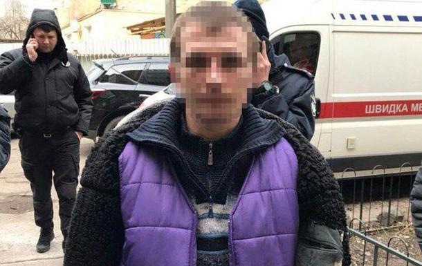 У Києві злочинець прикидався мертвим, щоб втекти від поліції