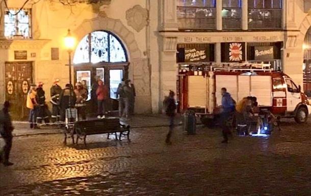 В центре Львова прогремел взрыв в канализации