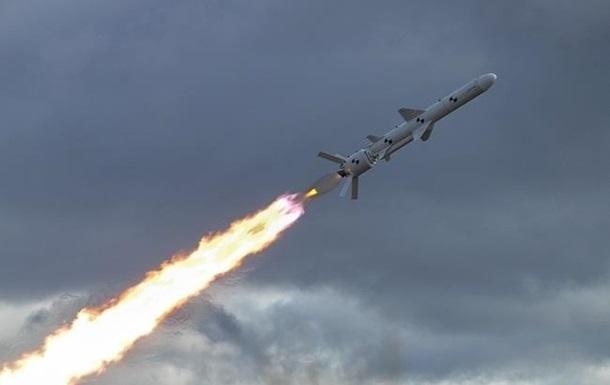 США шантажують Росію  ракетною програмою  України - ЗМІ