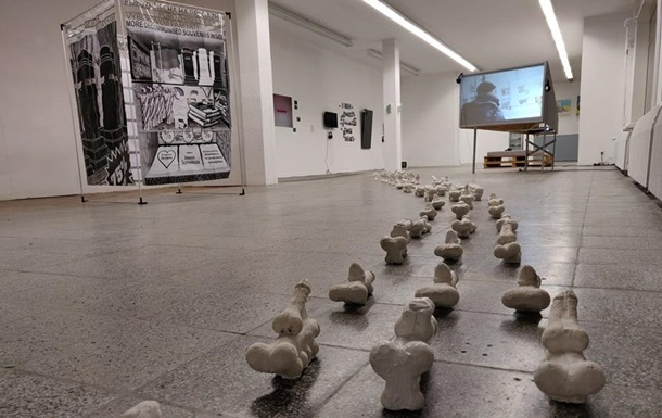 Украинский скульптор отвез скандальную выставку в Берлин