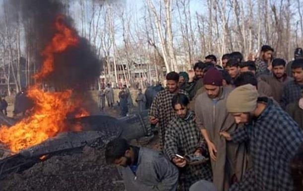 Пакистан заявил, что сбил индийские самолеты