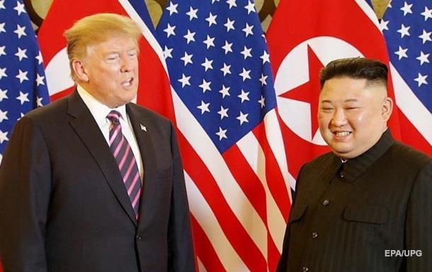 Зустріч Трампа і Кім Чен Ина завершилася вечерею