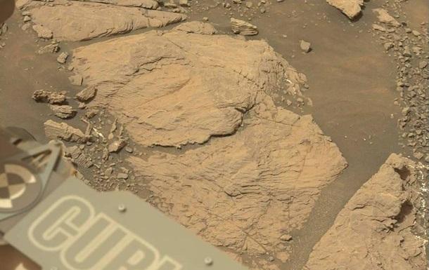 Curiosity показал снимок нового региона Красной планеты