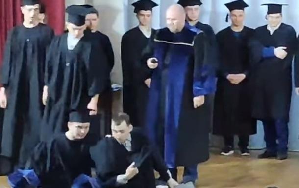 В Николаеве студент заявил о купленном дипломе во время его получения