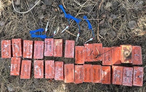 В Ровенской области военный продал десятки килограммов взрывчатки