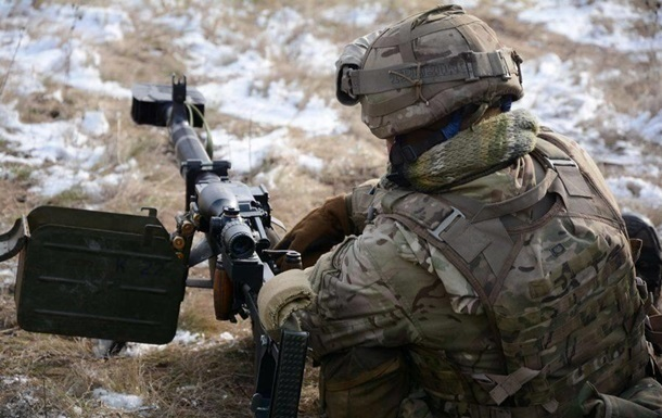 За добу на Донбасі поранили одного військового