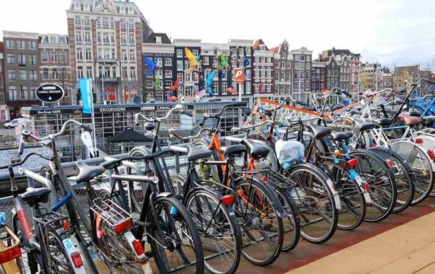 Жители Голландии купили велосипедов на рекордные €1,2 миллиарда