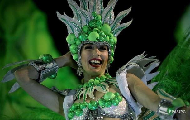 У Ріо-де-Жанейро триває традиційний карнавал