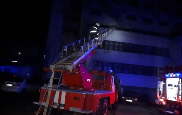 У Чернівцях сталася пожежа в готелі Черемош