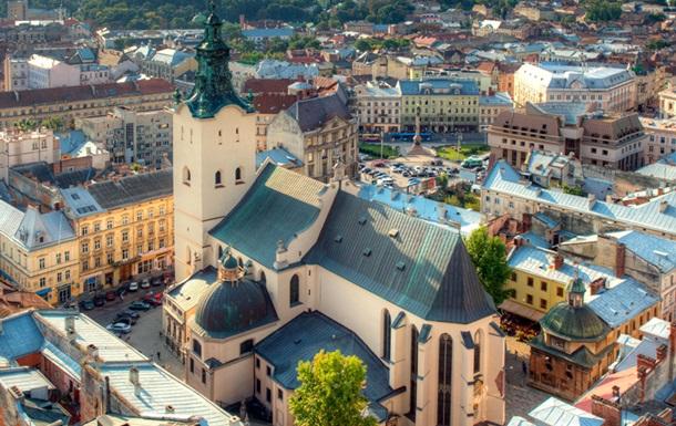 Куди поїхати на 8 Березня у 2019 році в Україні
