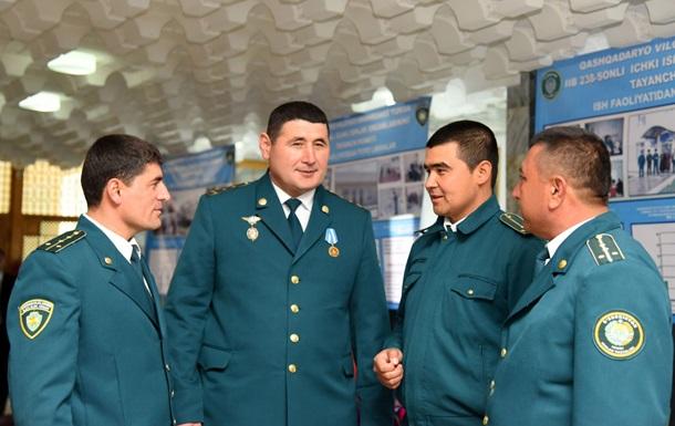 Президент Узбекистану наказав військовим і міліціонерам схуднути