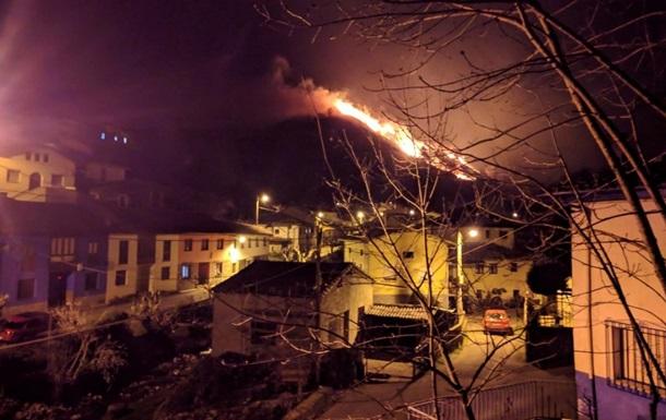 В Іспанії сталося близько 100 лісових пожеж