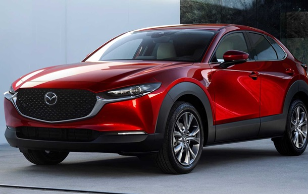 Mazda CX-30: фото