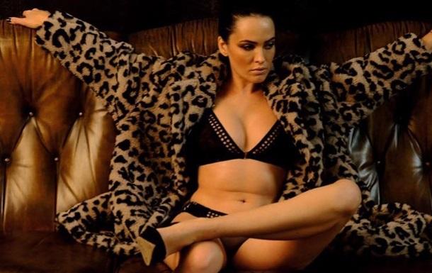 Астафьева снялась в эротической фотосессии для мужского глянца