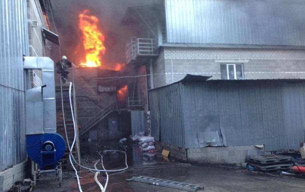 Пожежу на заводі в Дніпропетровській області ліквідували