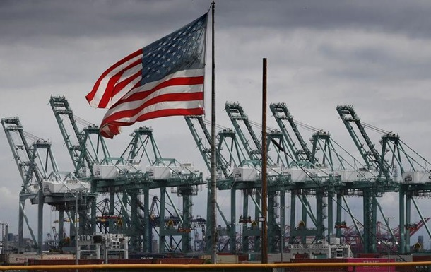 Торговельний дефіцит США досяг максимуму за 10 років