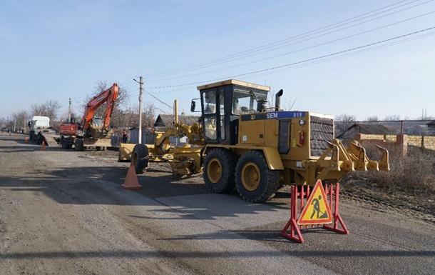 В Одесской области жители перекрытием дороги добились ее ремонта