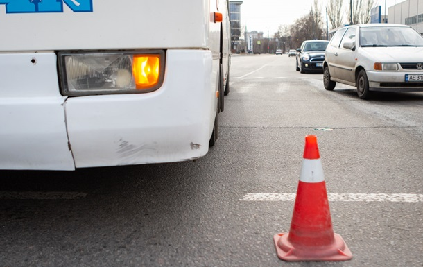 У Дніпрі автобус збив велосипедистку