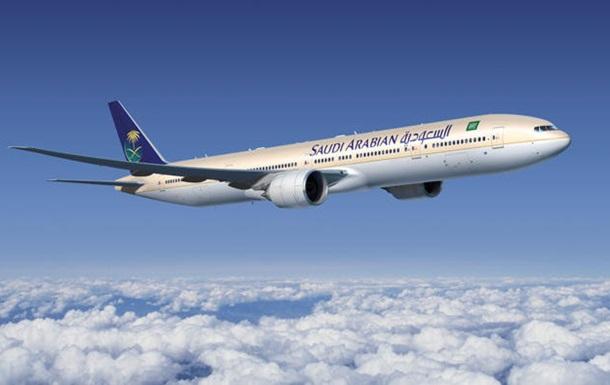Літак повернувся в аеропорт через пасажирку, яка забула немовля