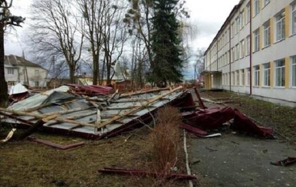На Львівщині знеструмлено 255 населених пунктів