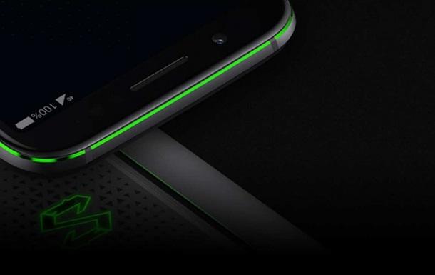 З явилося офіційне фото потужного смартфона BlackShark 2
