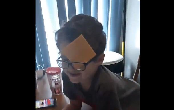 Мережа охоплена курйозним відео  сирного  флешмобу