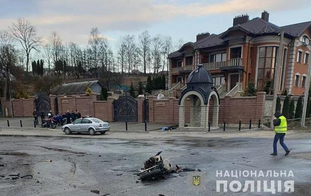 Под Тернополем мотоциклист влетел в грузовик и погиб