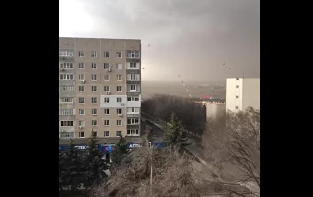 На Николаевщине ветер снес вышку мобильной связи