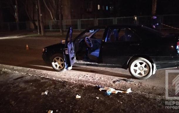 В Кривом Роге обстреляли такси, трое раненых